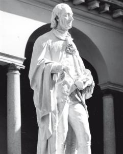 Monumento a Volta (1878) di Antonio Tantardini (1829-1879) nell'omonimo cortile dell'Università degli Studi di Pavia