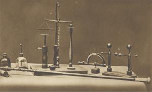 Diversi Elettrometri, Spinterometro e Bilancia elettrostatica (Fotografia, 1899)