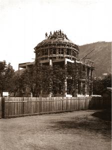 Il Tempio Voltiano in costruzione