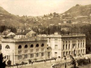 La facciata dell'Istututo Carducci